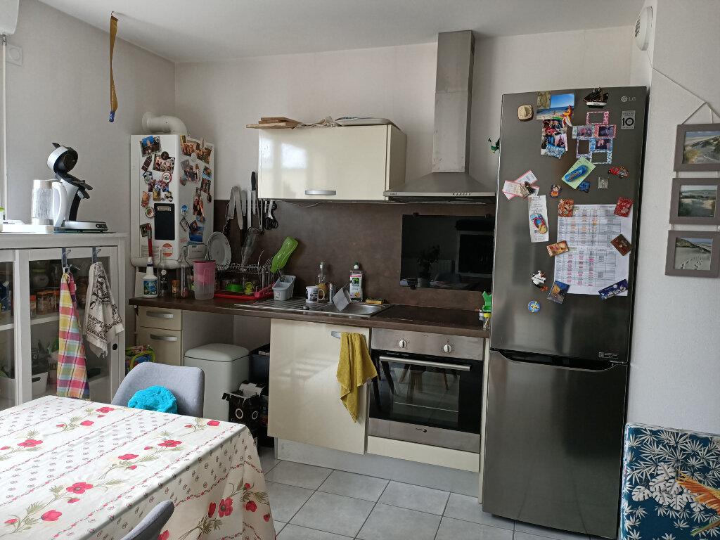 Appartement à louer 2 44.3m2 à Montlouis-sur-Loire vignette-4