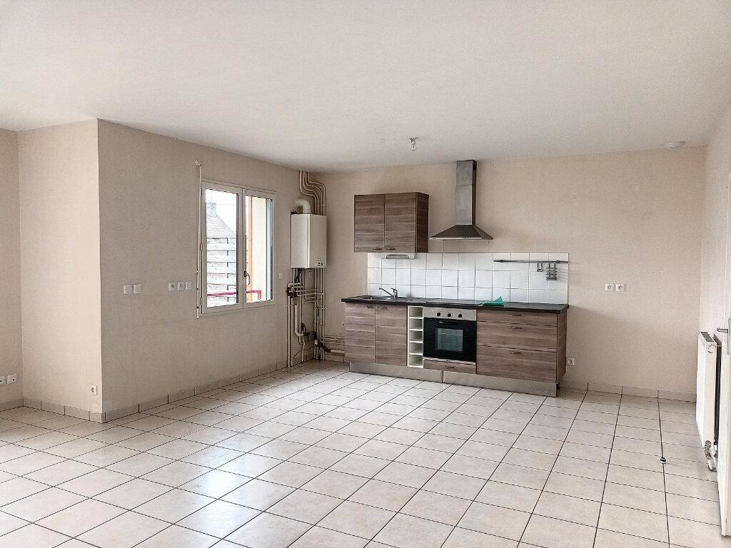Maison à louer 5 113.4m2 à Montlouis-sur-Loire vignette-4