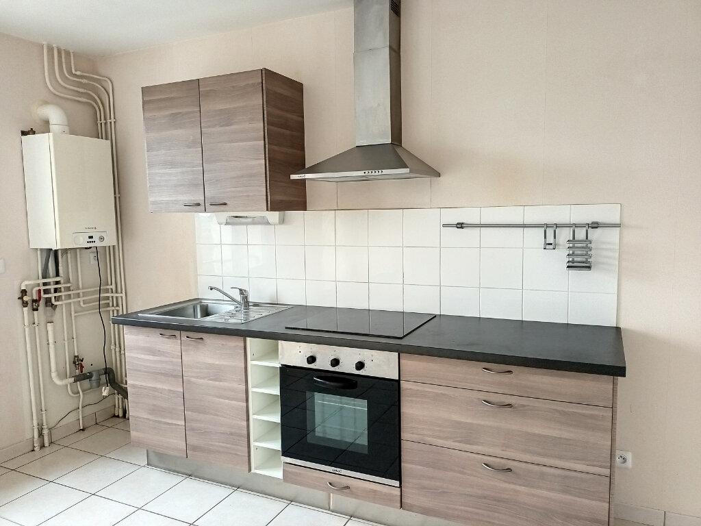 Maison à louer 5 113.4m2 à Montlouis-sur-Loire vignette-5