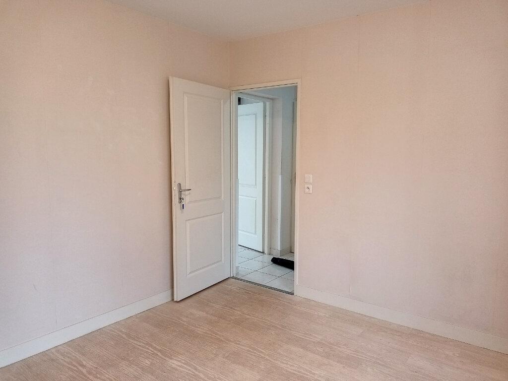 Maison à louer 5 113.4m2 à Montlouis-sur-Loire vignette-7