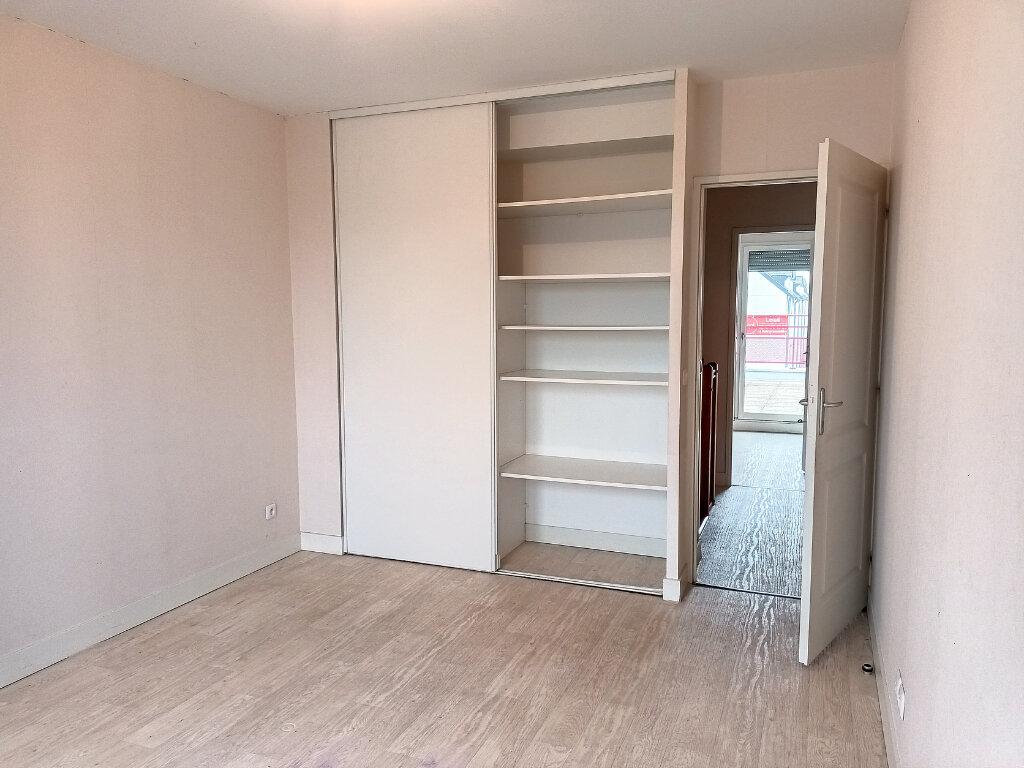 Maison à louer 5 113.4m2 à Montlouis-sur-Loire vignette-11