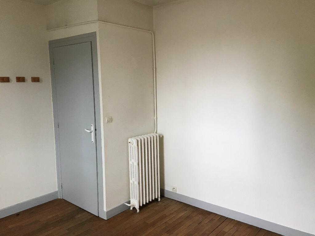 Appartement à louer 3 57.3m2 à Tours vignette-4