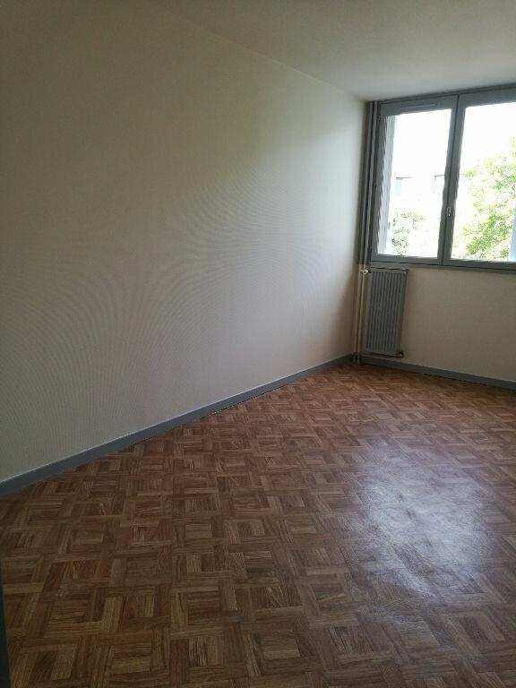 Appartement à louer 2 48.7m2 à Saint-Pierre-des-Corps vignette-6