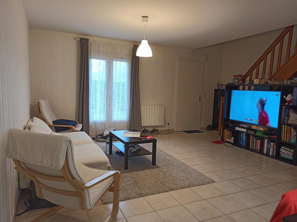 Maison à louer 5 102.09m2 à Chambray-lès-Tours vignette-3