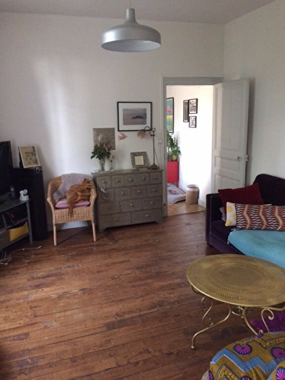 Maison à louer 4 95.58m2 à Saint-Cyr-sur-Loire vignette-4