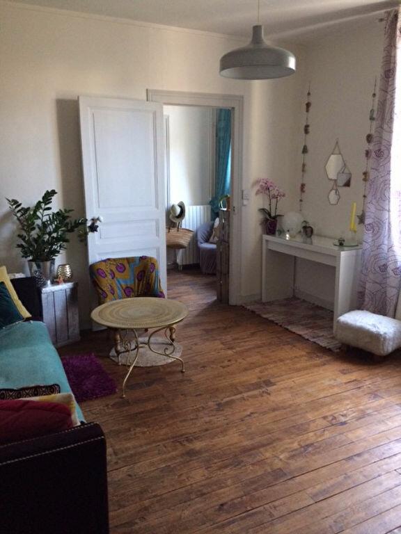 Maison à louer 4 95.58m2 à Saint-Cyr-sur-Loire vignette-5