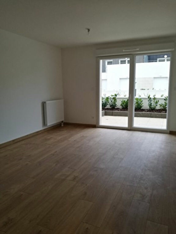 Appartement à louer 2 42.2m2 à La Membrolle-sur-Choisille vignette-2