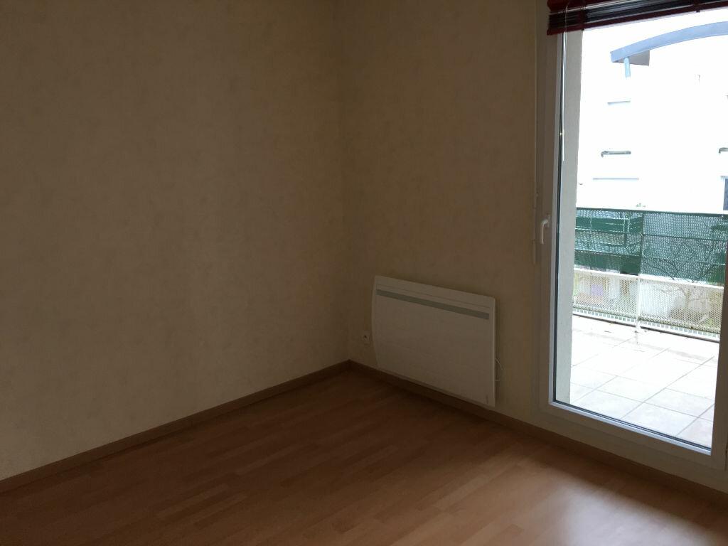 Appartement à louer 3 70.65m2 à Tours vignette-10