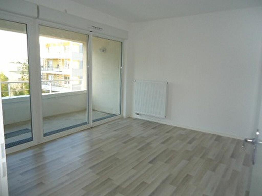 Appartement à louer 2 48.85m2 à Tours vignette-6