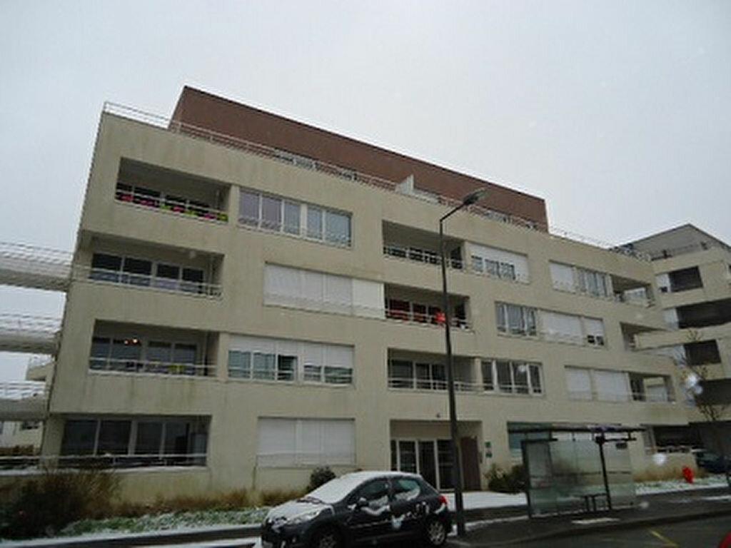 Appartement à louer 2 48.85m2 à Tours vignette-8