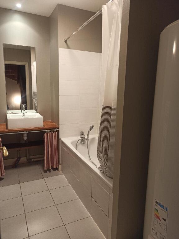 Appartement à louer 4 97.39m2 à Tours vignette-2
