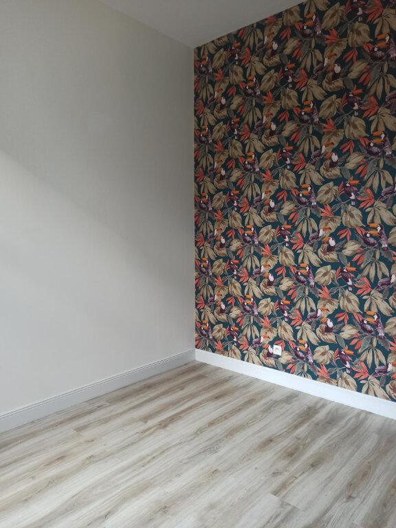 Appartement à louer 4 97.39m2 à Tours vignette-3