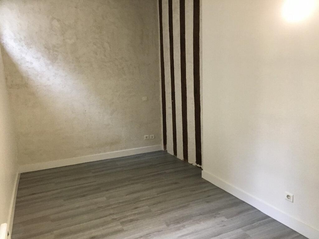 Appartement à louer 2 62.7m2 à Tours vignette-5