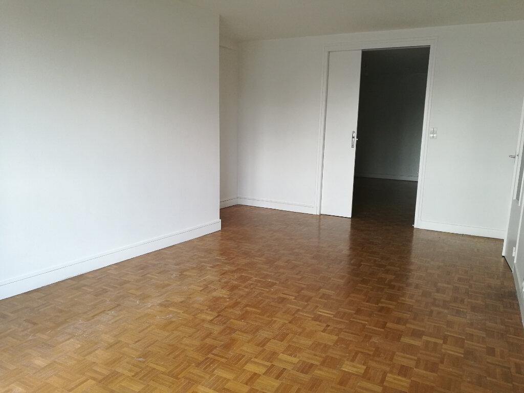 Appartement à louer 2 53.66m2 à Tours vignette-2