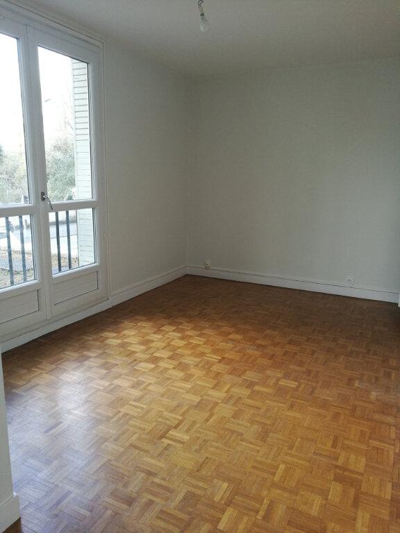 Appartement à louer 2 53.66m2 à Tours vignette-5