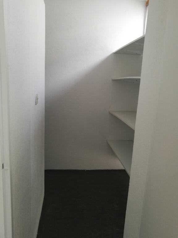 Appartement à louer 2 53.66m2 à Tours vignette-7