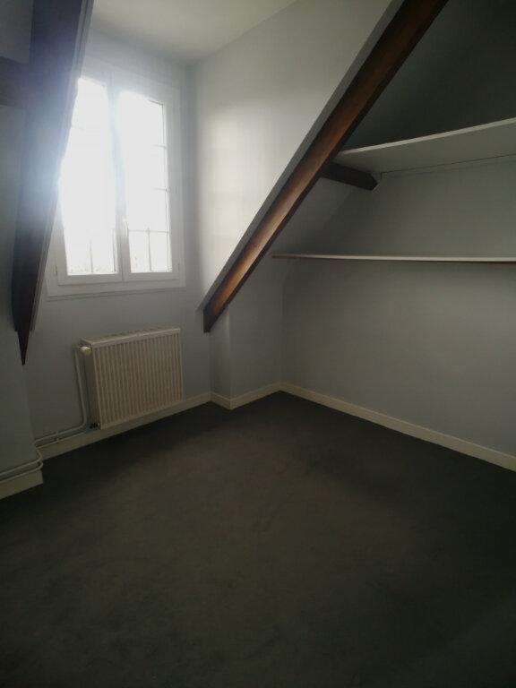 Appartement à louer 3 49.06m2 à Tours vignette-9