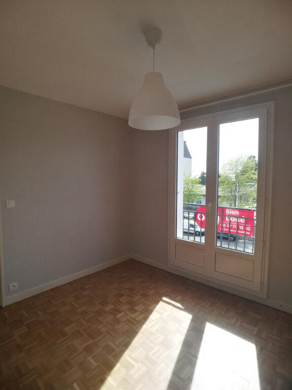 Appartement à louer 4 82.52m2 à Saint-Cyr-sur-Loire vignette-5