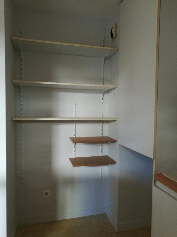 Appartement à louer 2 43.14m2 à Tours vignette-5