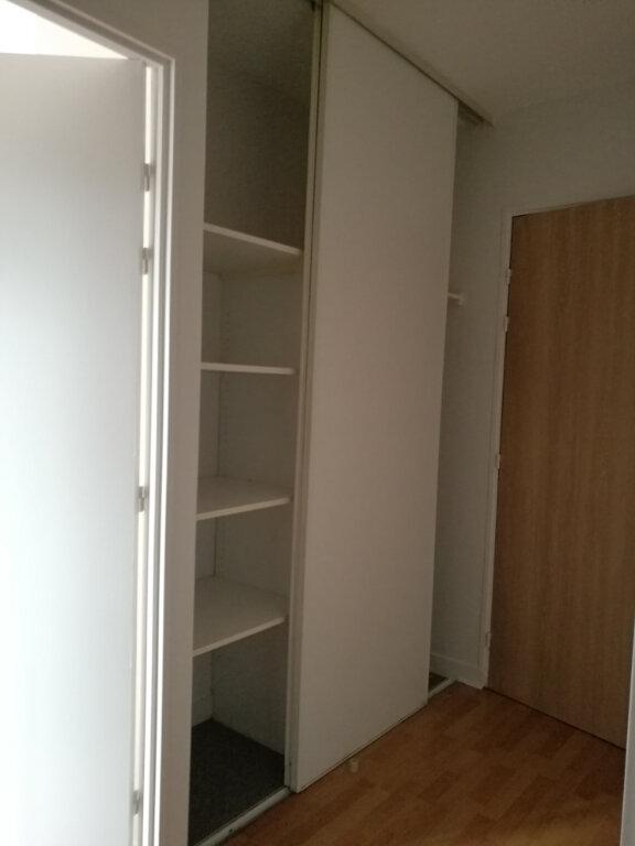 Appartement à louer 2 43.14m2 à Tours vignette-9