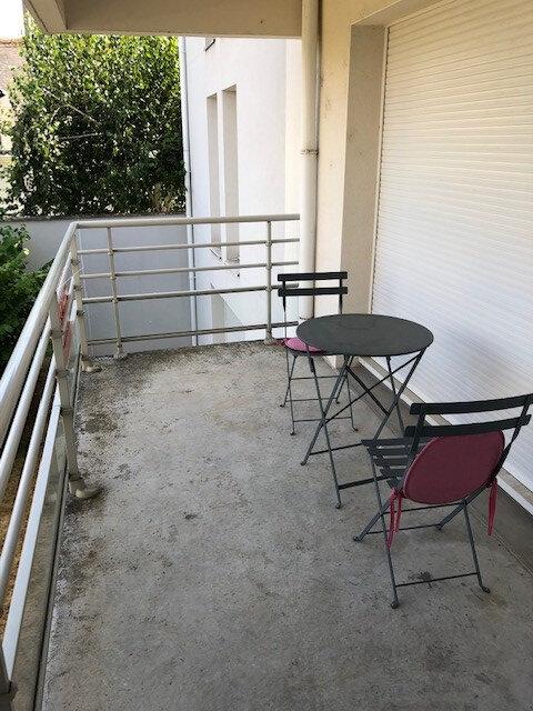 Appartement à louer 2 54.92m2 à Tours vignette-5