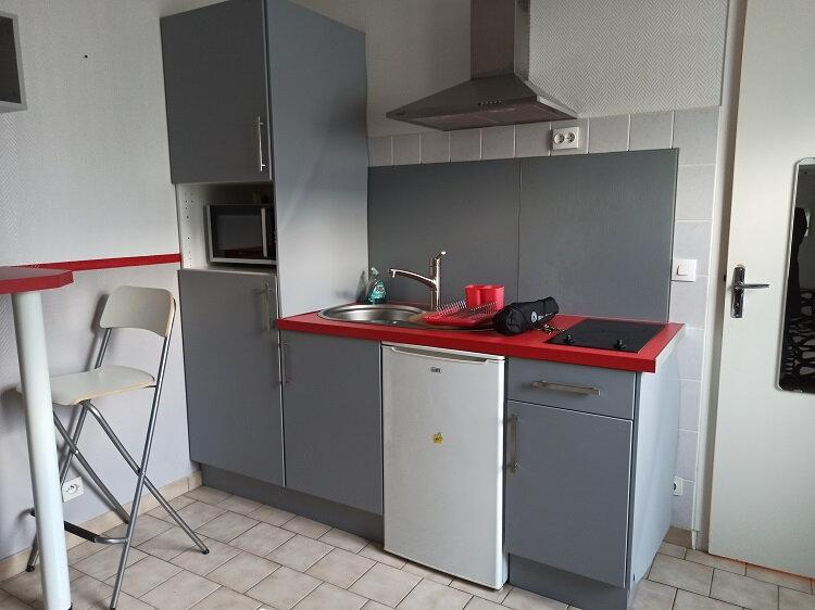 Appartement à louer 1 18.01m2 à Tours vignette-2