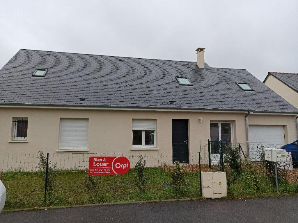 Maison à louer 6 158.87m2 à Veigné vignette-1