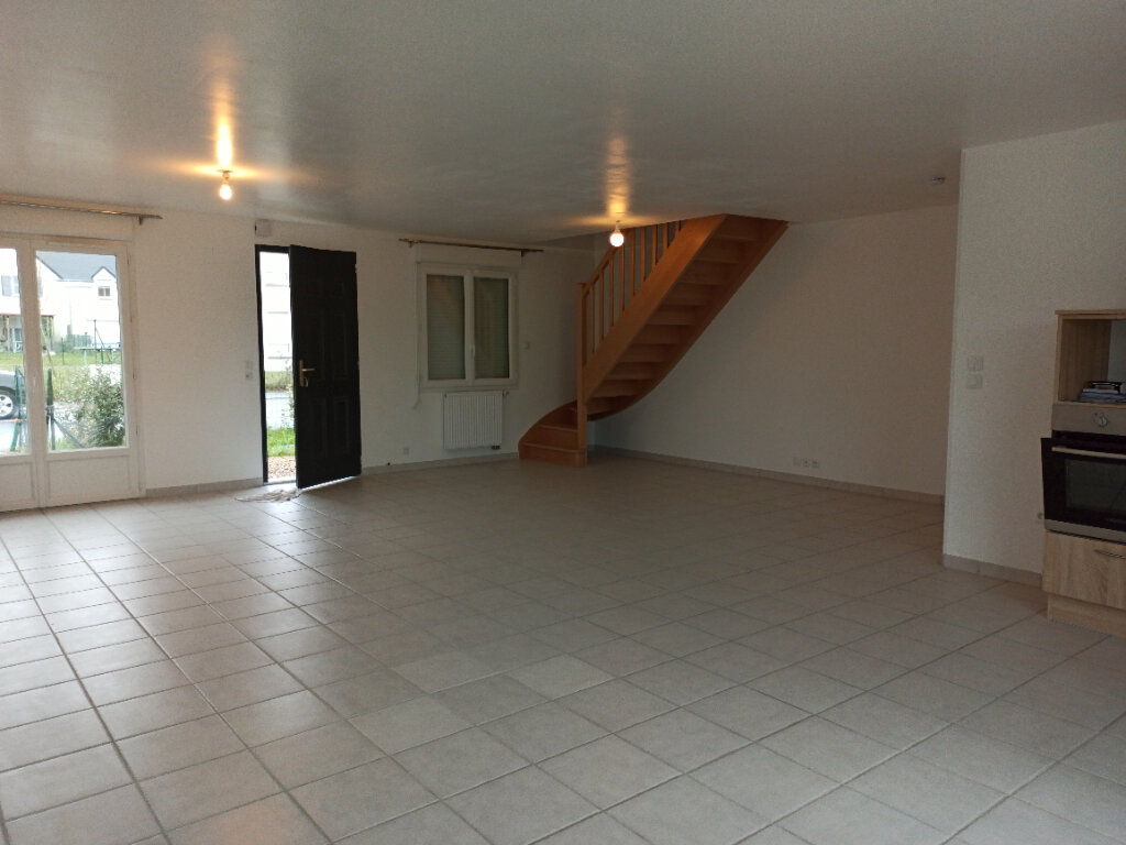 Maison à louer 6 158.87m2 à Veigné vignette-3