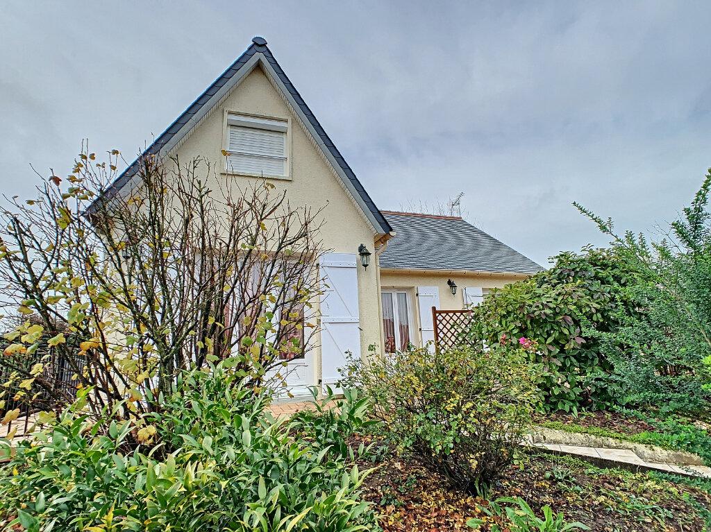 Maison à vendre 6 105m2 à Ballan-Miré vignette-1