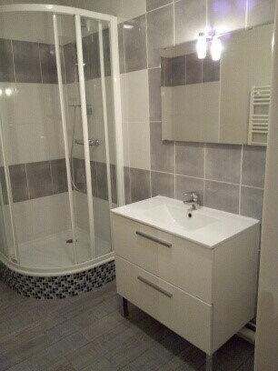 Appartement à louer 2 55.83m2 à Joué-lès-Tours vignette-1