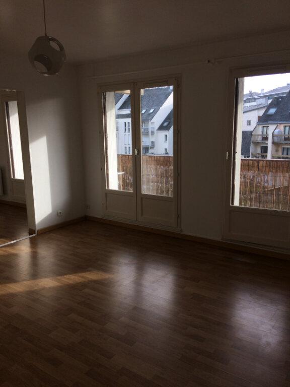 Appartement à louer 2 55.83m2 à Joué-lès-Tours vignette-2