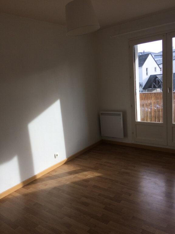Appartement à louer 2 55.83m2 à Joué-lès-Tours vignette-4