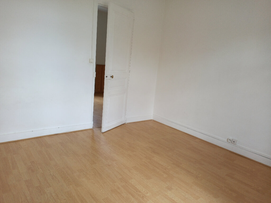 Appartement à louer 2 30.59m2 à Tours vignette-2