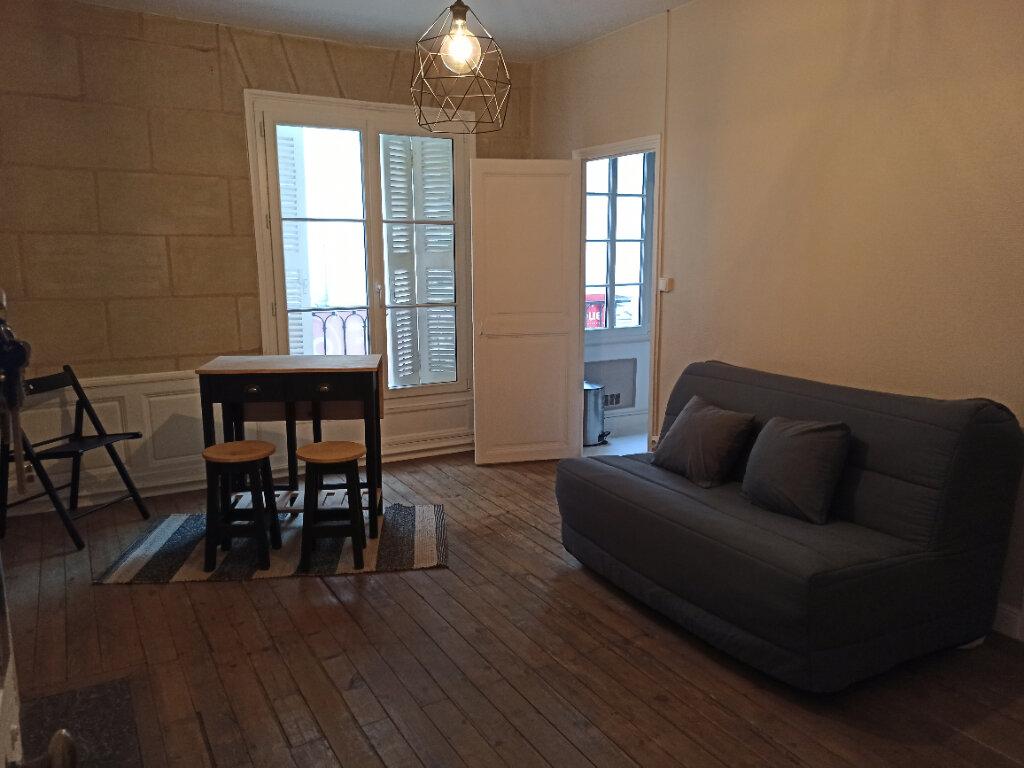 Appartement à louer 1 22m2 à Tours vignette-1