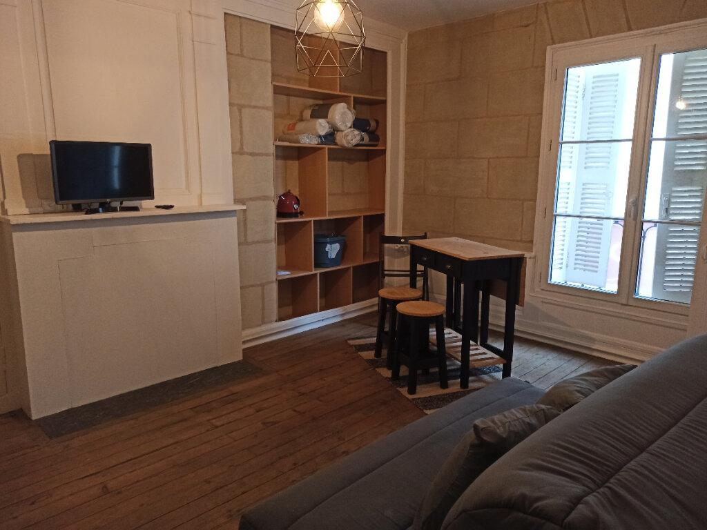 Appartement à louer 1 22m2 à Tours vignette-2