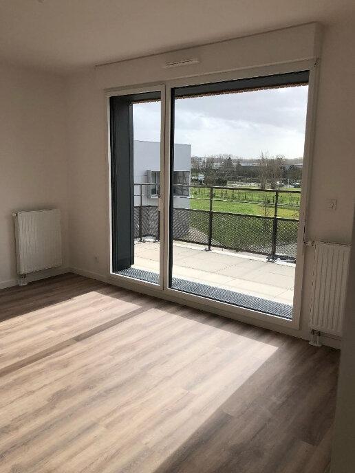 Appartement à louer 3 55.84m2 à La Riche vignette-2