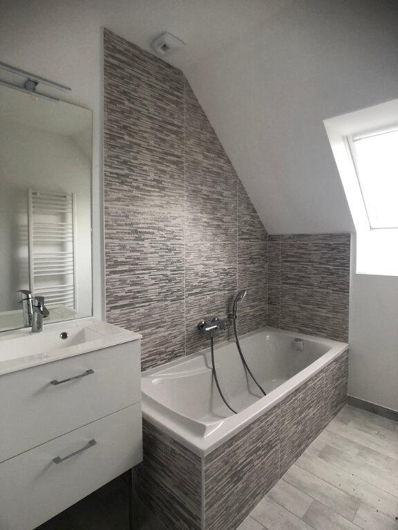Maison à louer 5 118m2 à Saint-Cyr-sur-Loire vignette-6