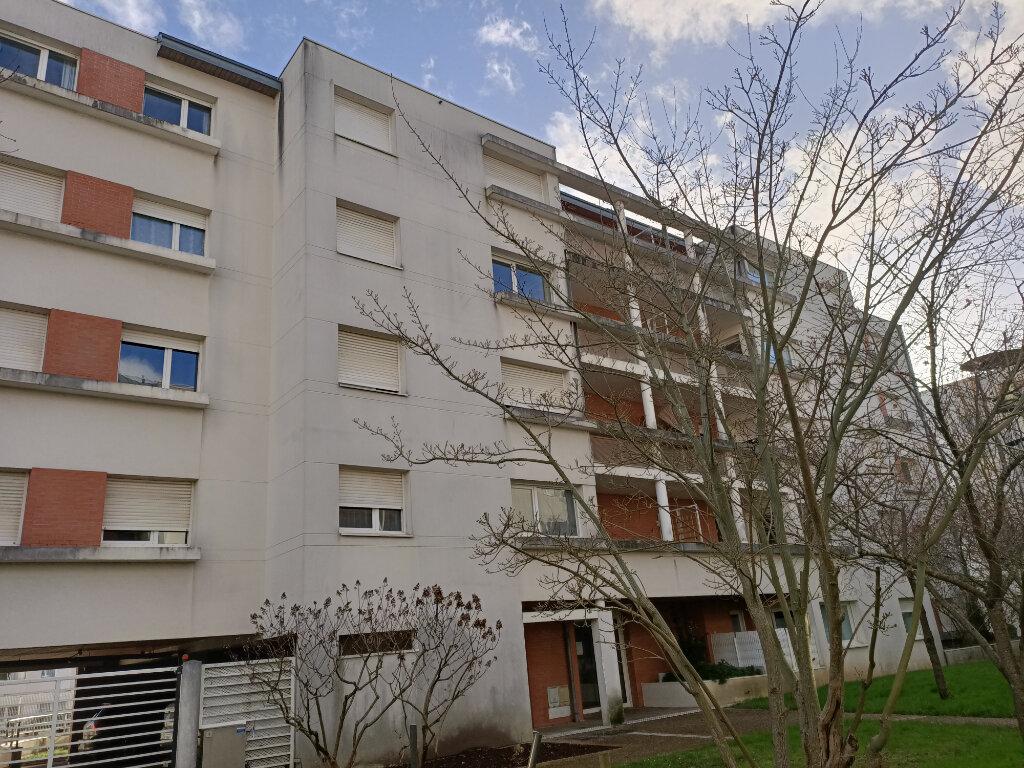 Appartement à louer 2 44m2 à Tours vignette-1