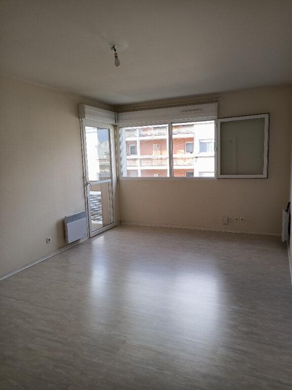 Appartement à louer 2 44m2 à Tours vignette-2