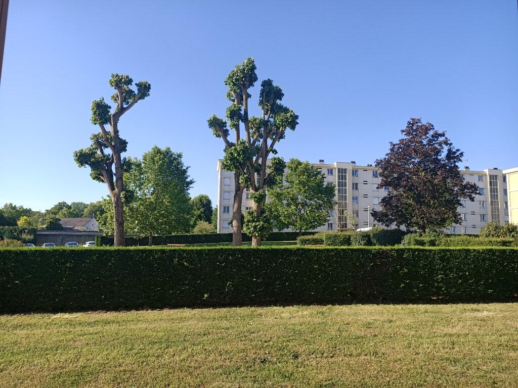 Appartement à louer 3 57.75m2 à Joué-lès-Tours vignette-4