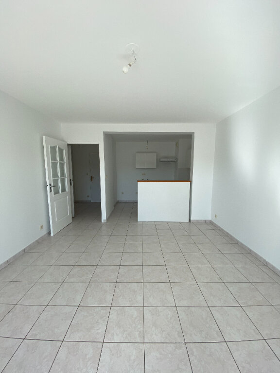 Appartement à louer 3 60m2 à Tours vignette-1
