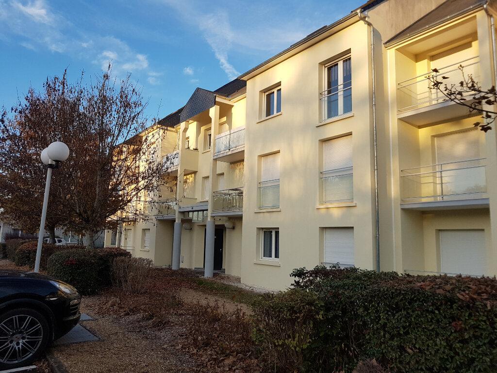 Appartement à louer 2 50.83m2 à Joué-lès-Tours vignette-1