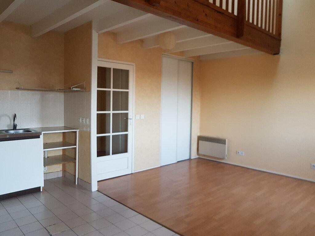 Appartement à louer 2 50.83m2 à Joué-lès-Tours vignette-3