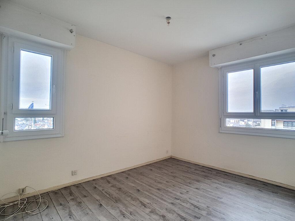 Appartement à louer 3 73.25m2 à Joué-lès-Tours vignette-2