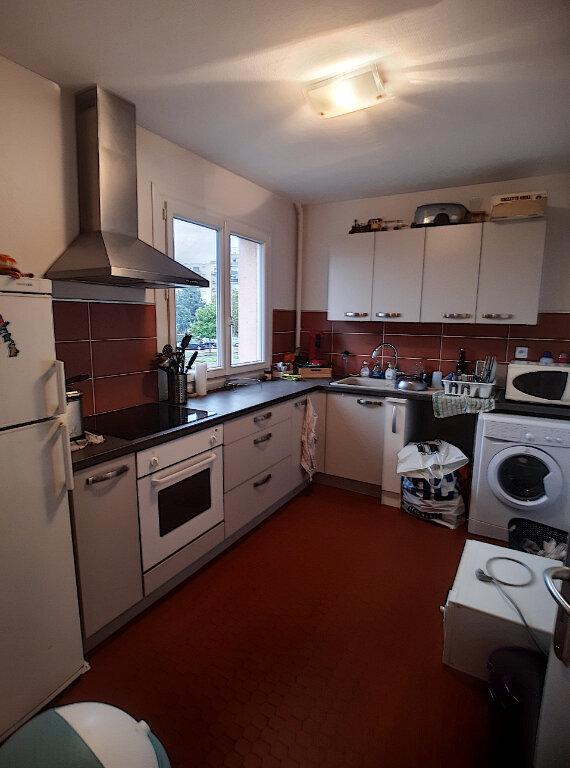 Appartement à louer 2 41.28m2 à Joué-lès-Tours vignette-3