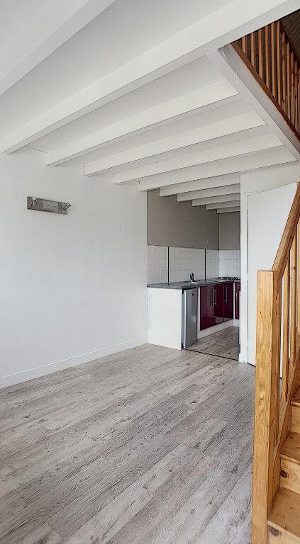 Appartement à louer 1 24.37m2 à Joué-lès-Tours vignette-2