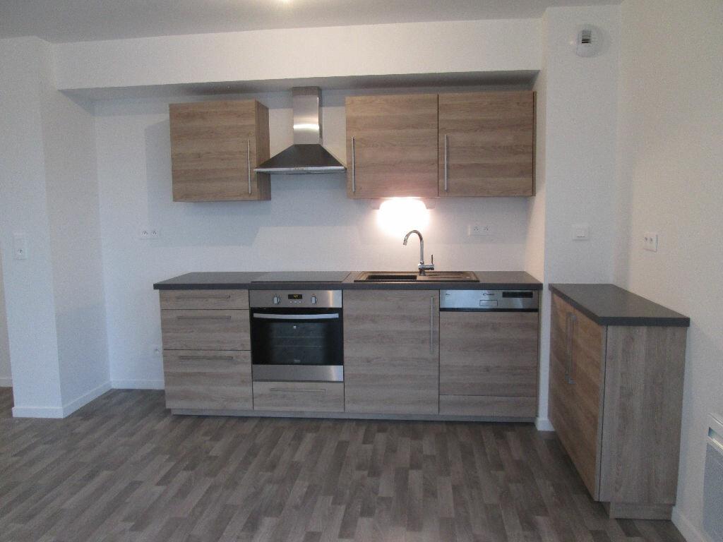 Appartement à louer 3 60.47m2 à Joué-lès-Tours vignette-4