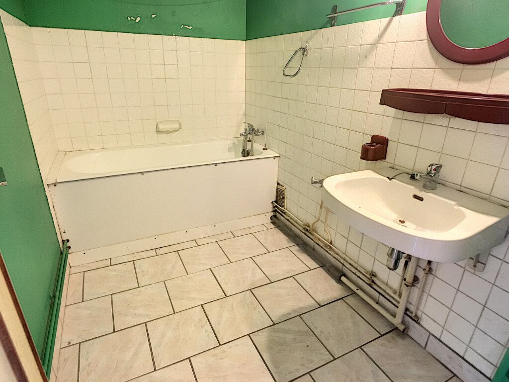 Appartement à vendre 4 70.15m2 à Joué-lès-Tours vignette-6