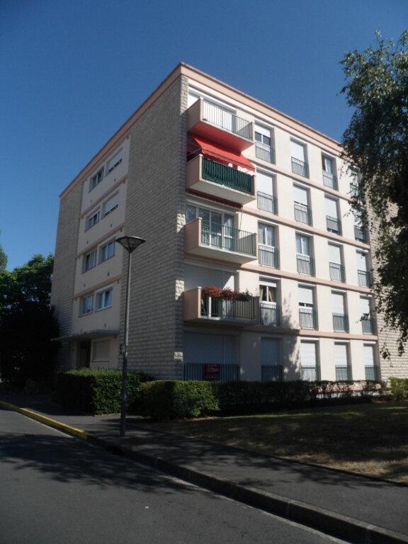 Appartement à vendre 4 70.15m2 à Joué-lès-Tours vignette-7