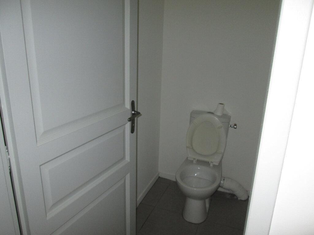 Appartement à louer 2 45.5m2 à Chinon vignette-3